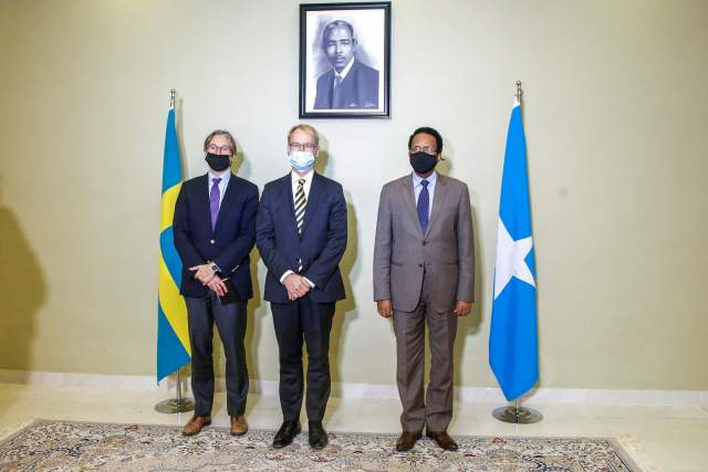 farmaajo iyo danjiraha sweden